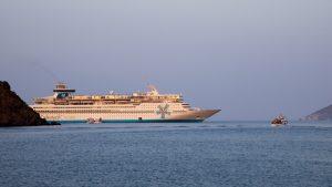 Kryssningsfartyg vid Patmos